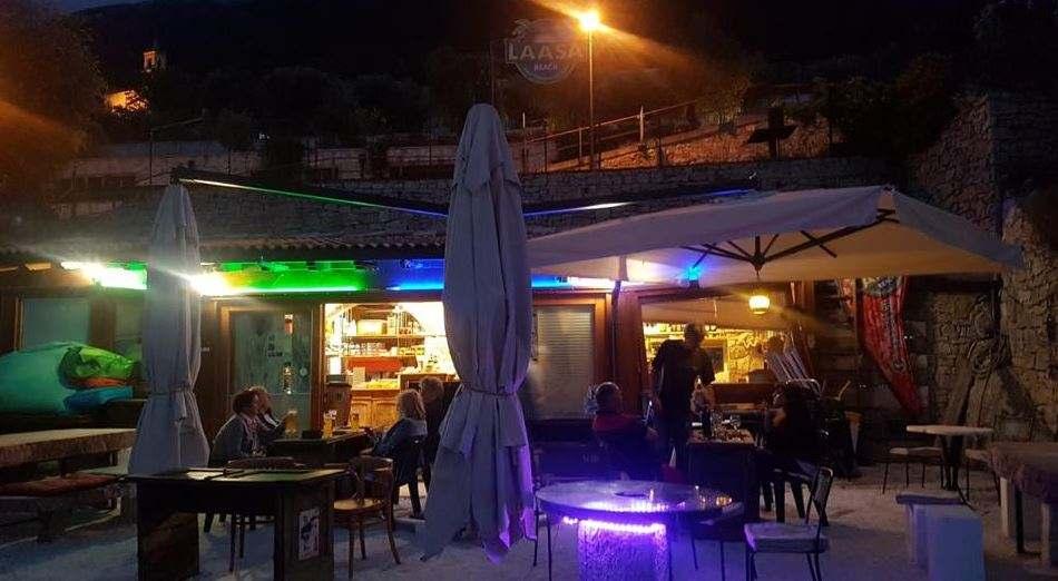 Locali, bar, beach bar a Brenzone