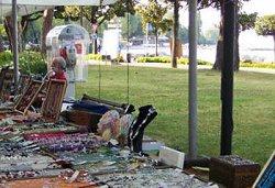 Bancarella del mercatino artigianale di Desenzano