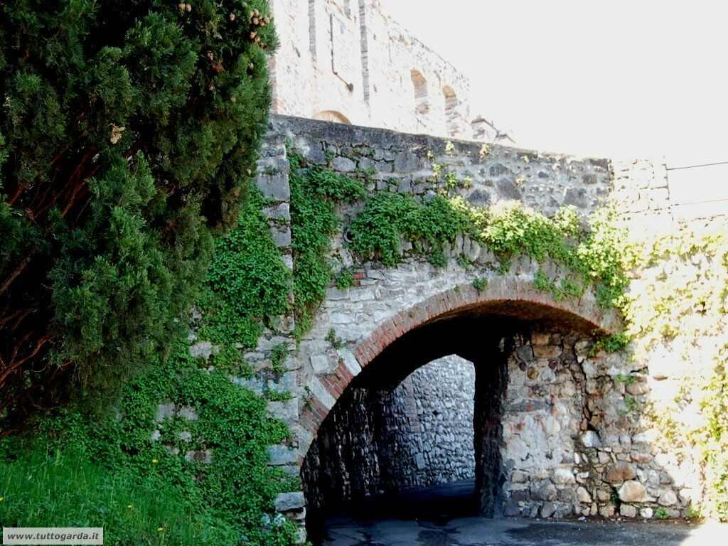 Desenzano del Garda - Castello001.jpg