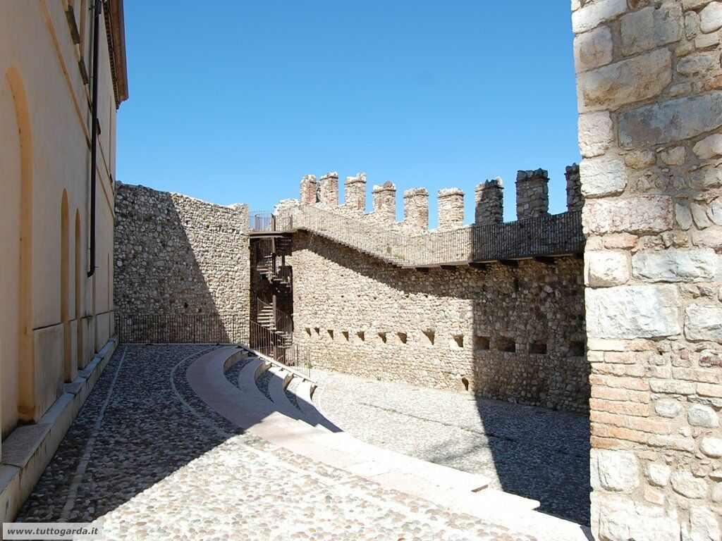 Desenzano del Garda - Castello006.jpg