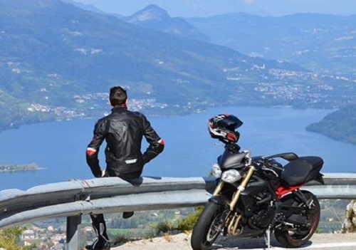 Itinerario in moto sul Lago di Garda