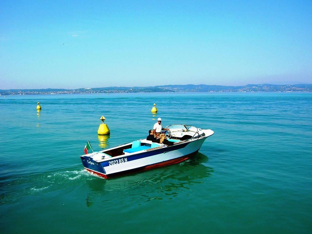In barca sul Lago di Garda