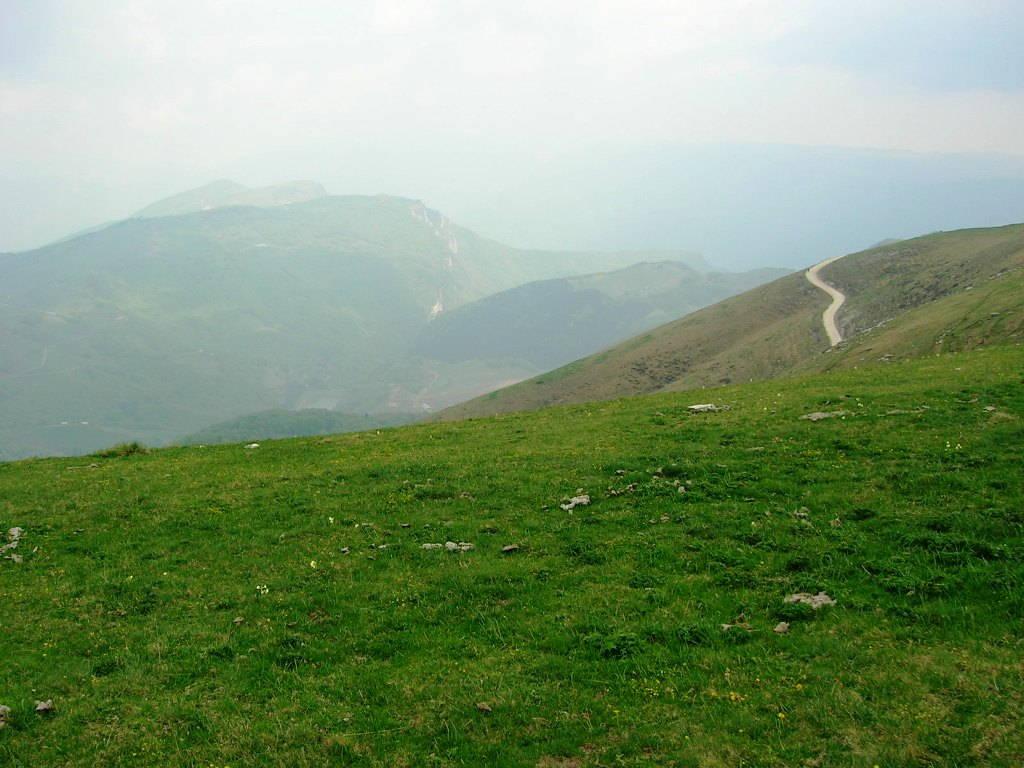 Monti sul Lago di Garda