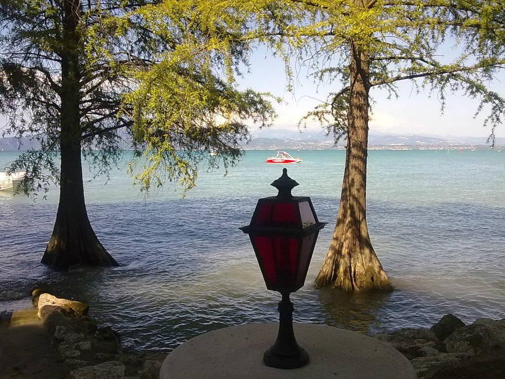 Romantica Foto del Lago di Garda