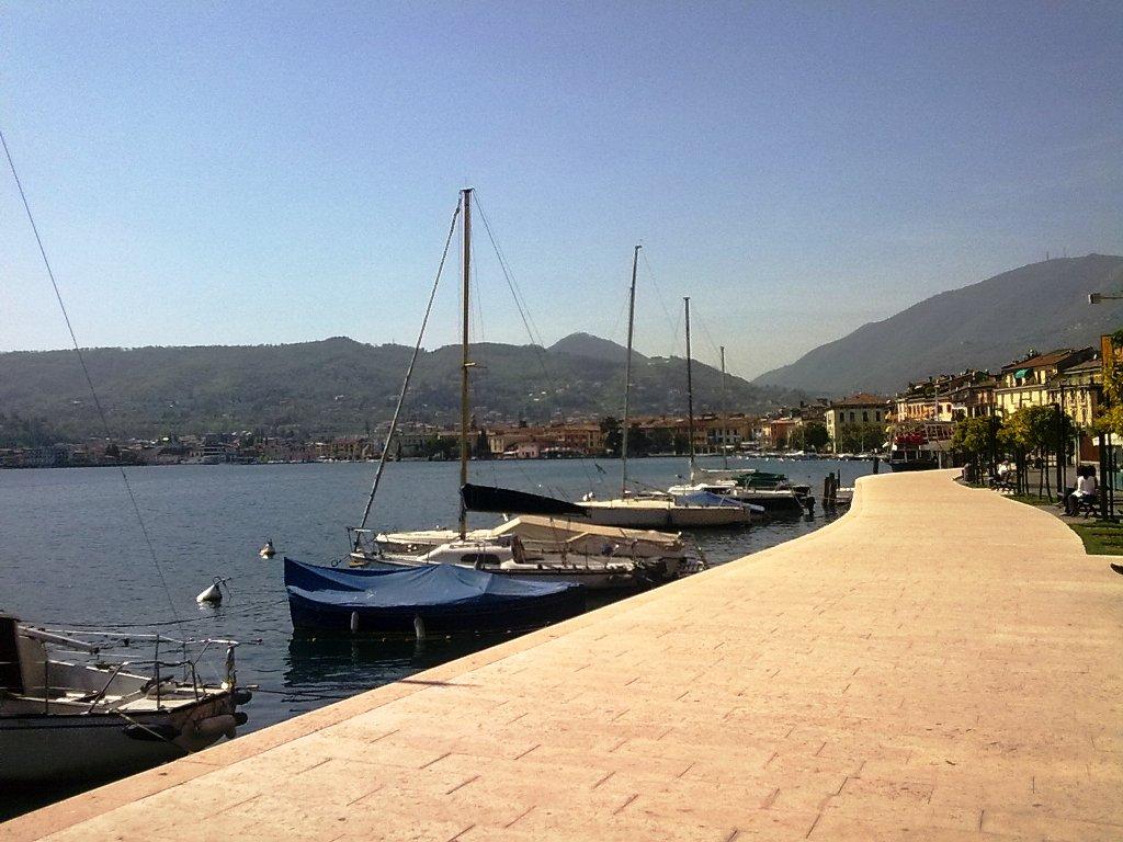 Lungolago di Salò sul Lago di Garda