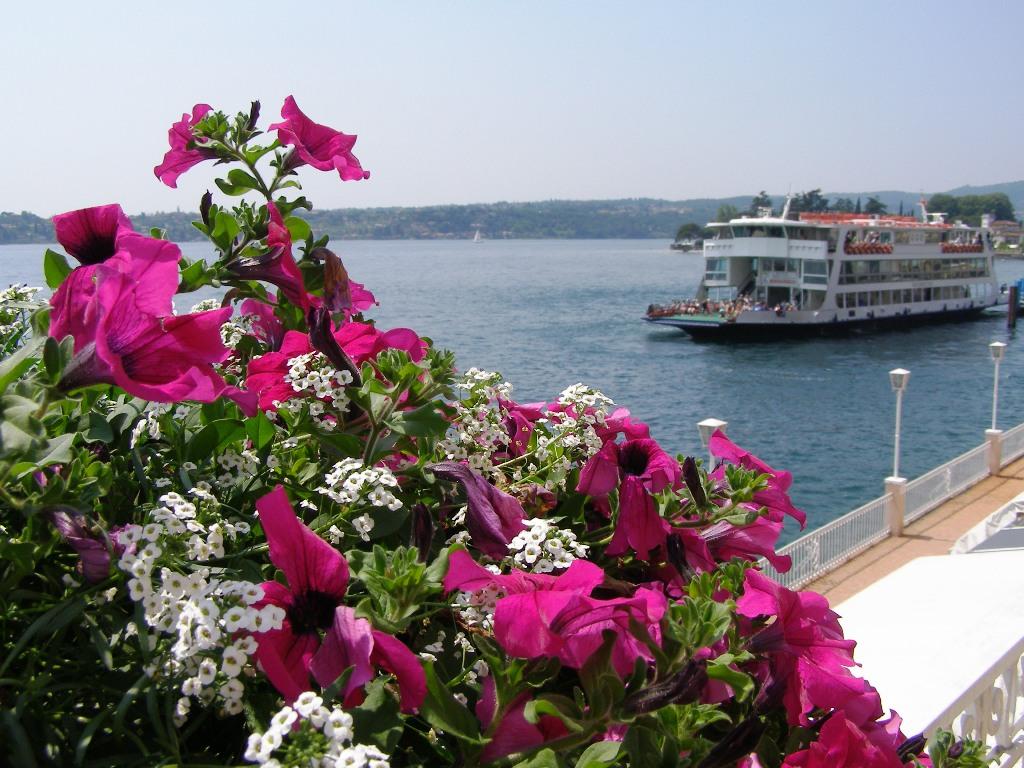Traghetto sul Garda