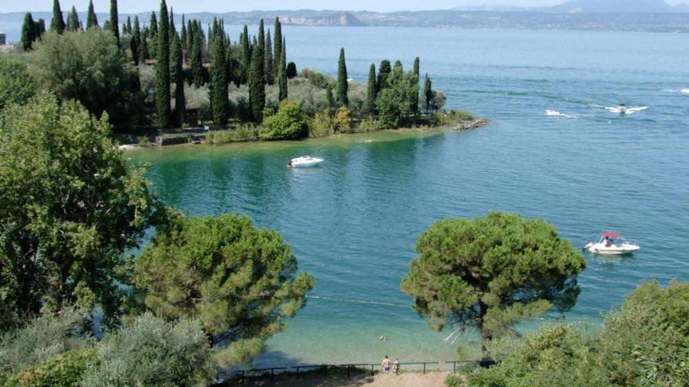 Baia delle Sirene a Punta San Vigilio sul Lago di Garda