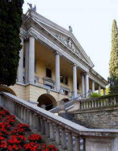 Villa Alba Gardone Riviera Bs