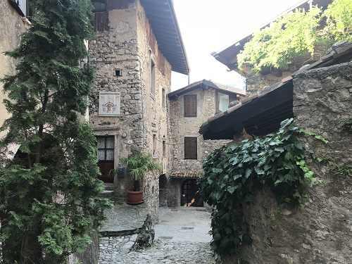 Borgo canale di Tenno (Tn)