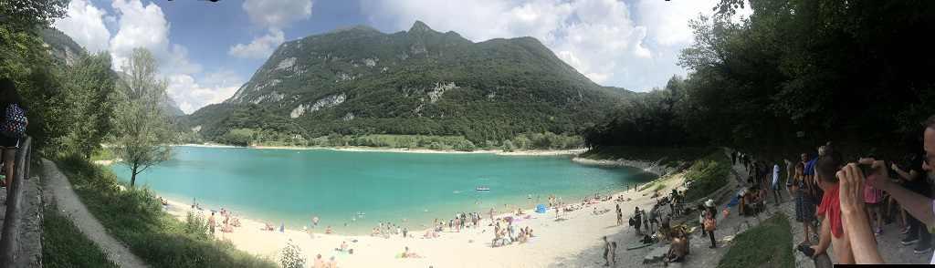 Lago di Tenno vicino a Riva del Garda