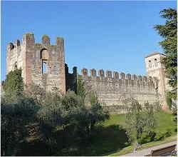 Castello scaligero - Passeggiata delle mura