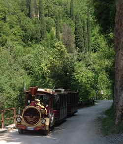 Trenino per la Valle delle Cartiere e il Museo della Carta