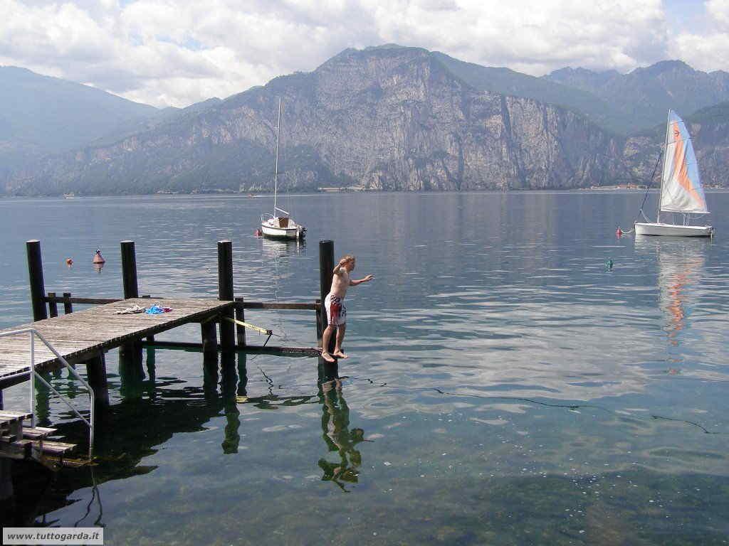 Cassone (VR) sull'alto lago di Garda orientale