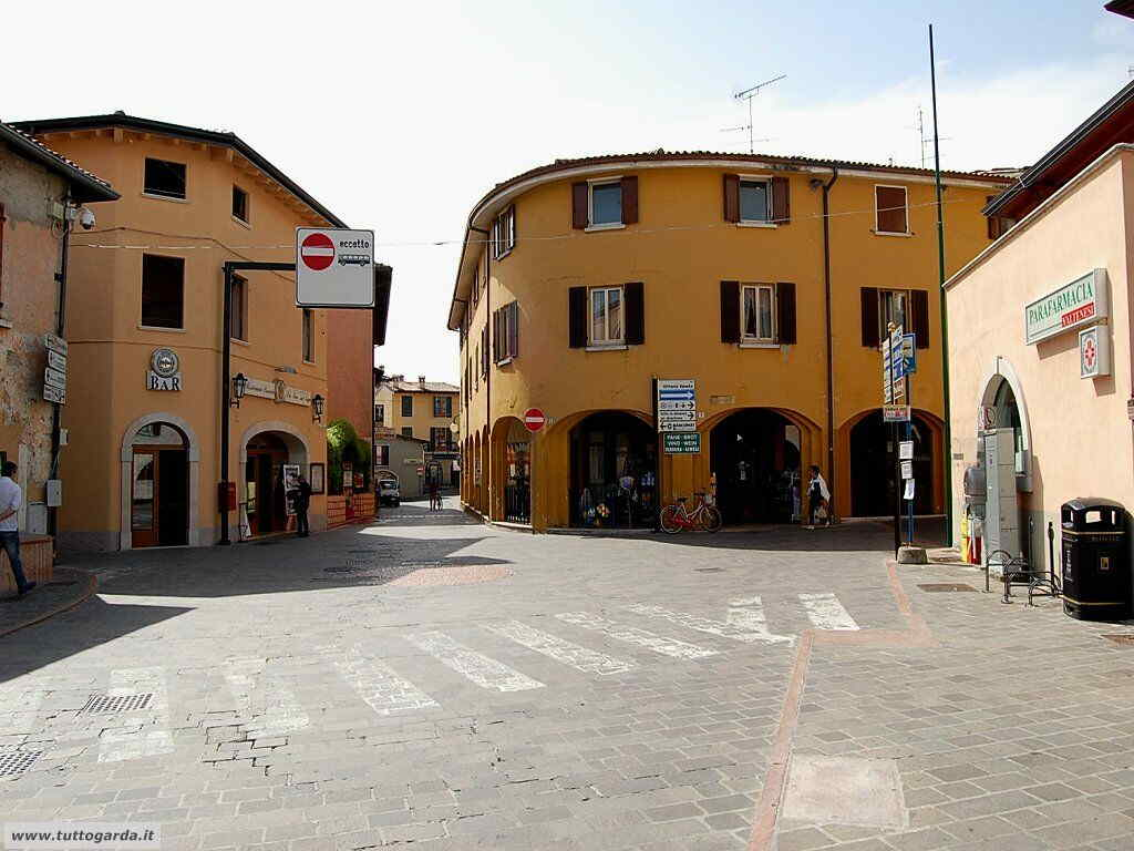 Manerba del Garda-049.jpg