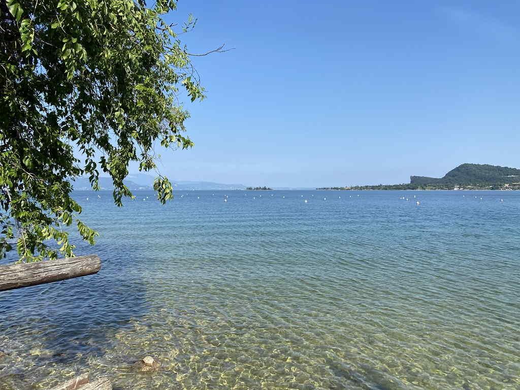 La Romantica spiaggia di Manerba del Garda