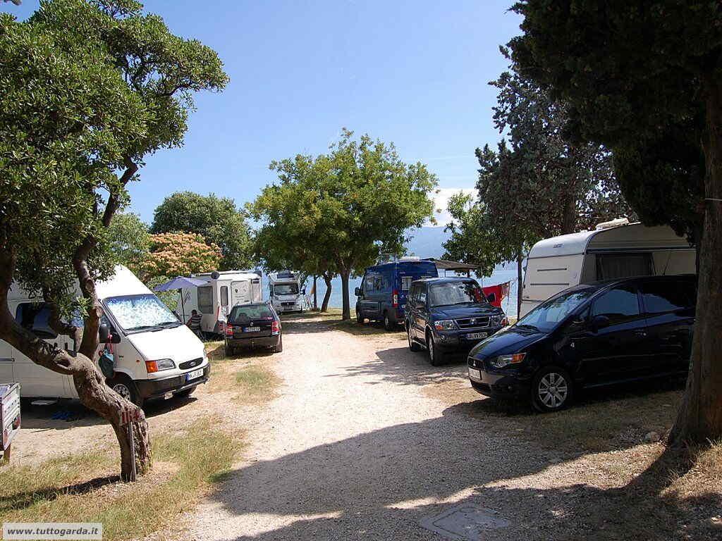 Parcheggio Spiaggia Porto Torchio di Manerba del Garda