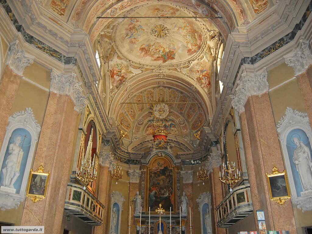 Chiesa di Manerba del Garda-006.JPG