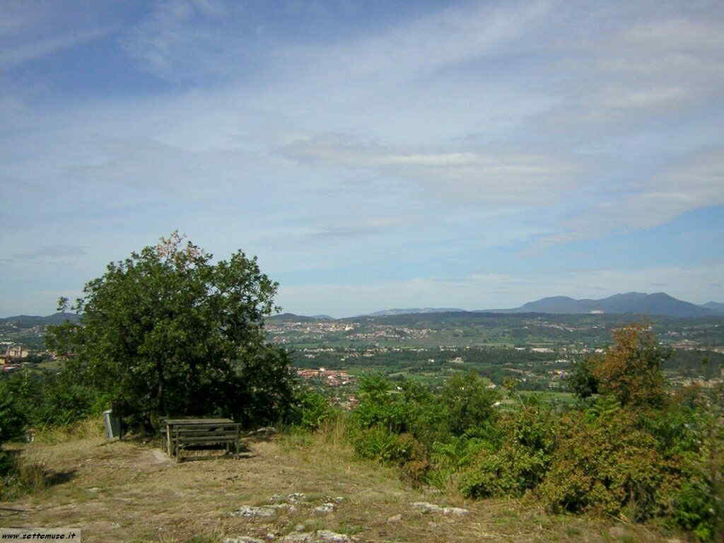 Rocca di Manerba del Garda-005.JPG