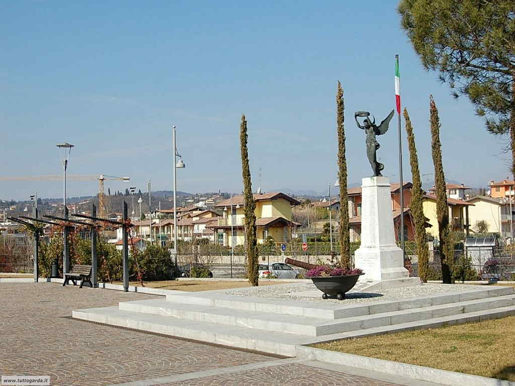 Moniga del Garda -102.jpg