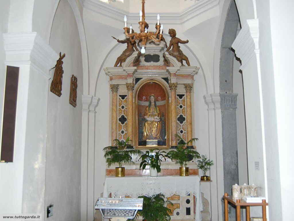 Parrocchia  di Sant' Andrea a Torbole altare