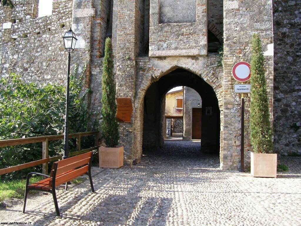 Padenghe Castello -007.JPG