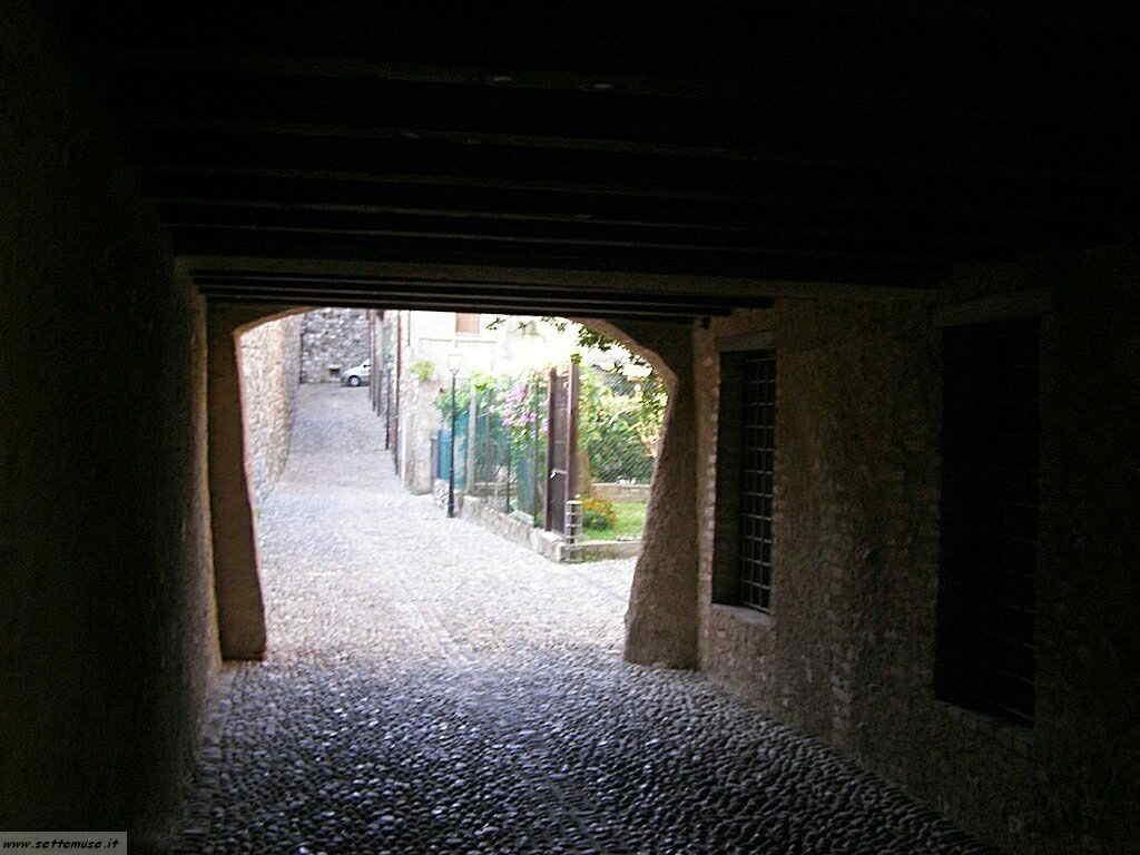 Padenghe Castello -012.JPG