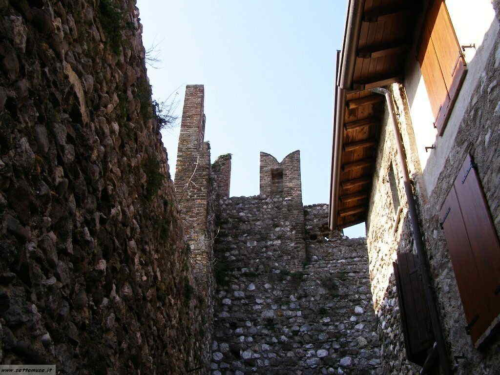 Padenghe Castello -016.JPG