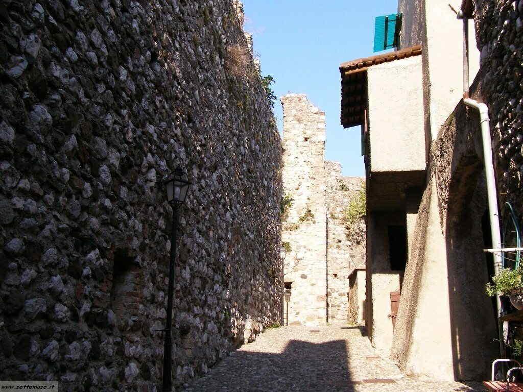Padenghe Castello -018.JPG