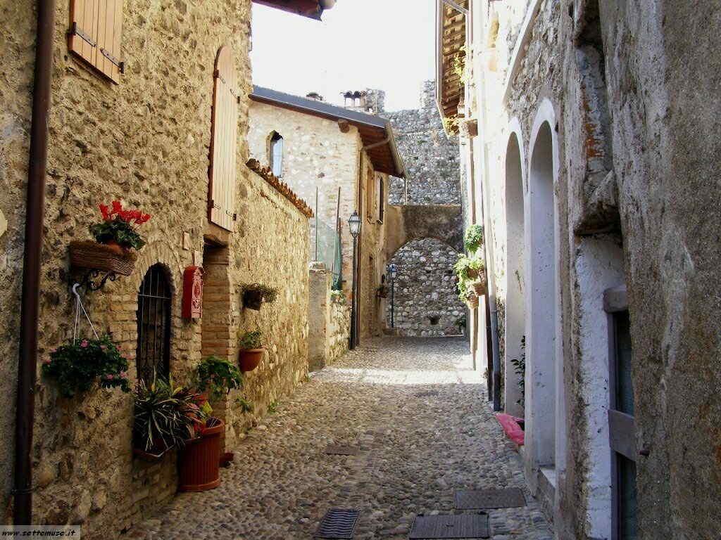 Padenghe Castello -039.JPG