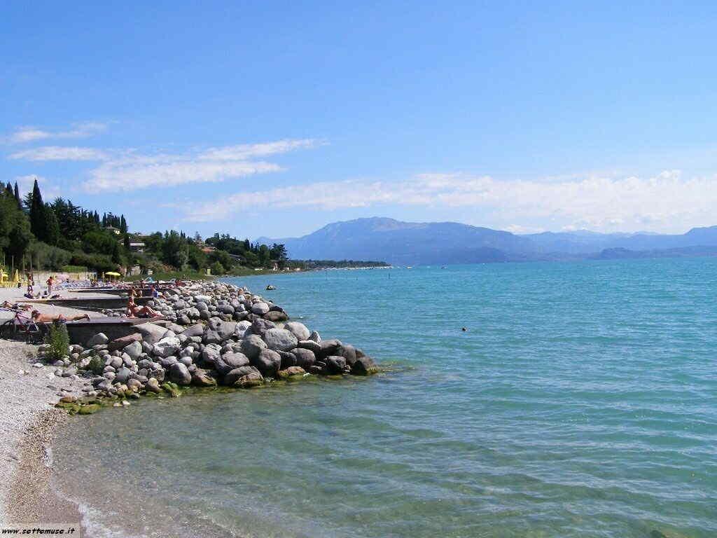 Spiaggia di Padenghe del Garda -garda_309.JPG