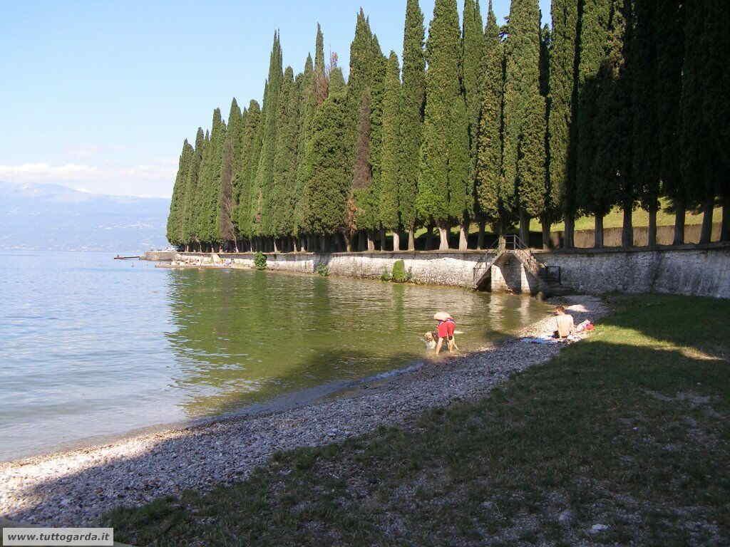Spiaggia per cani Via Tavine Salò (BS)