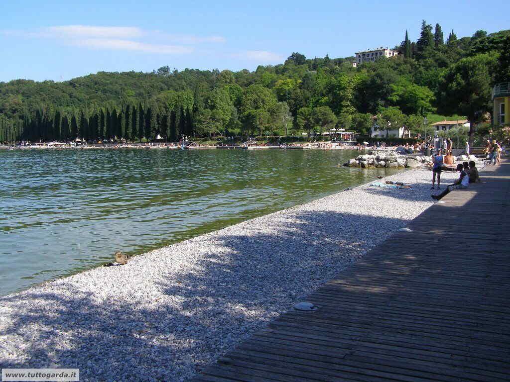 Spiaggia libera di Salò (BS)