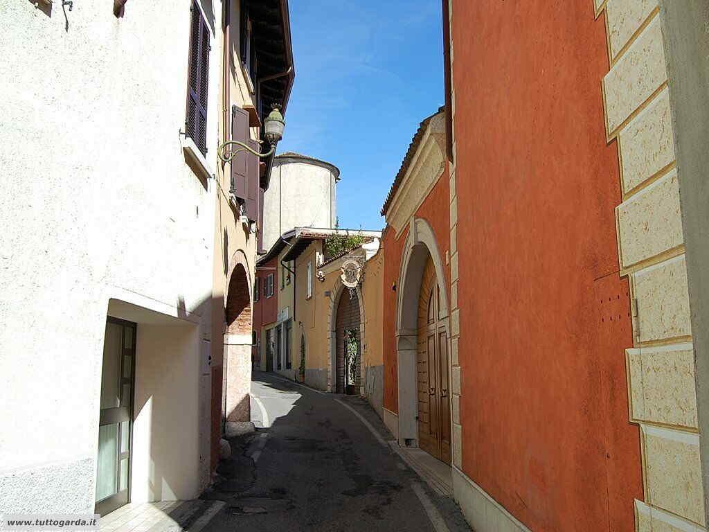San Felice del Benaco foto -036_paese.JPG