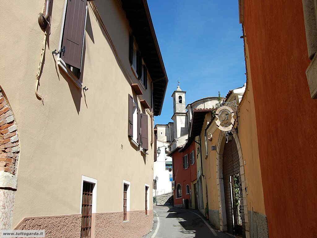 San Felice del Benaco foto -037_paese.JPG
