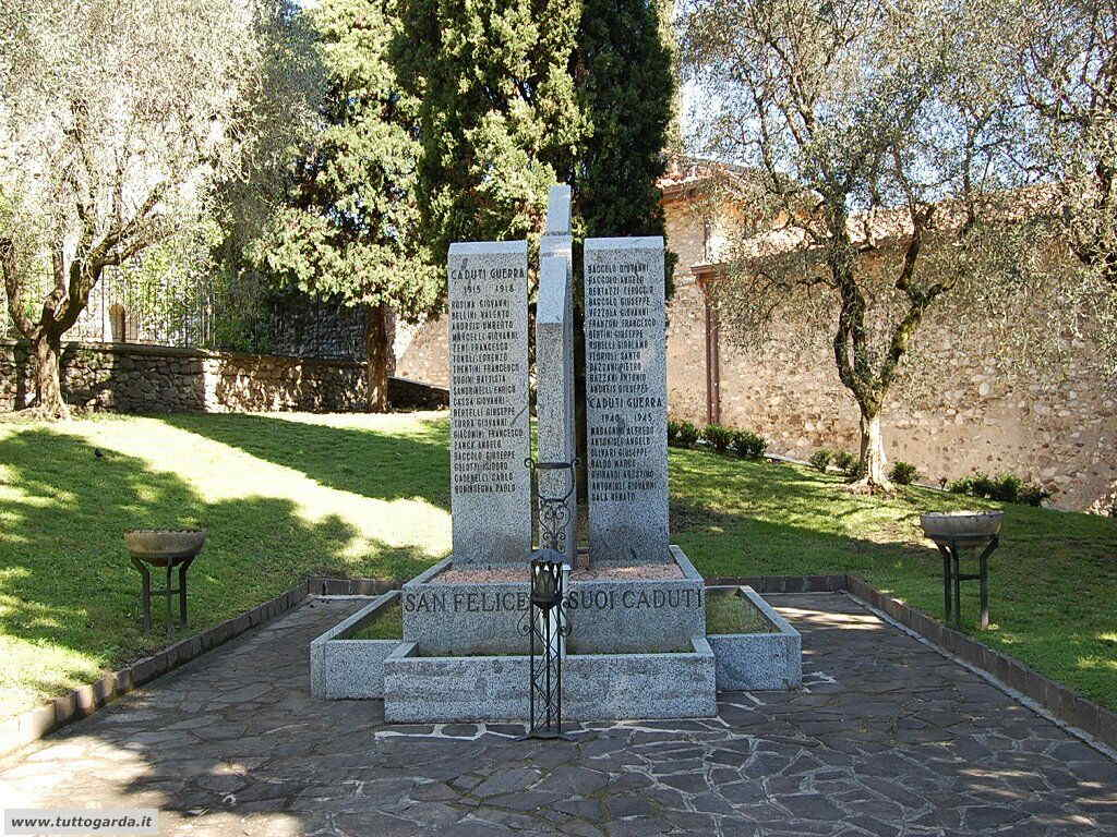 San Felice del Benaco foto -046_paese.JPG