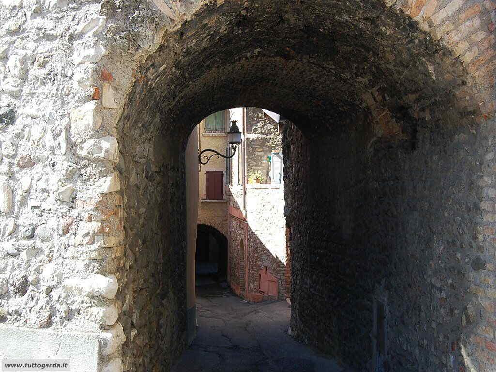 San Felice del Benaco foto -067_paese.JPG