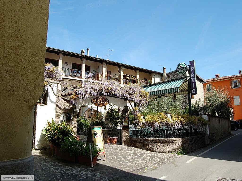 San Felice del Benaco foto -070_paese.JPG