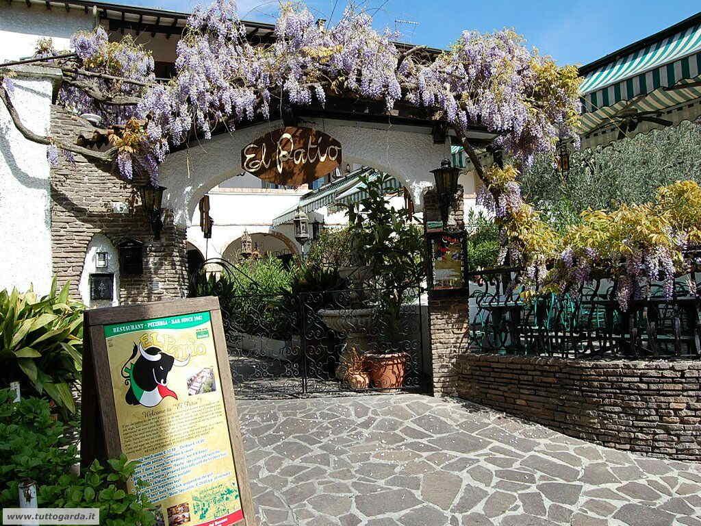 San Felice del Benaco foto -071_paese.JPG