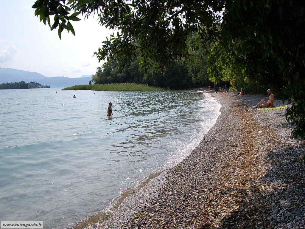 Spiaggia Baia del Vento San felice del Benaco (BS)