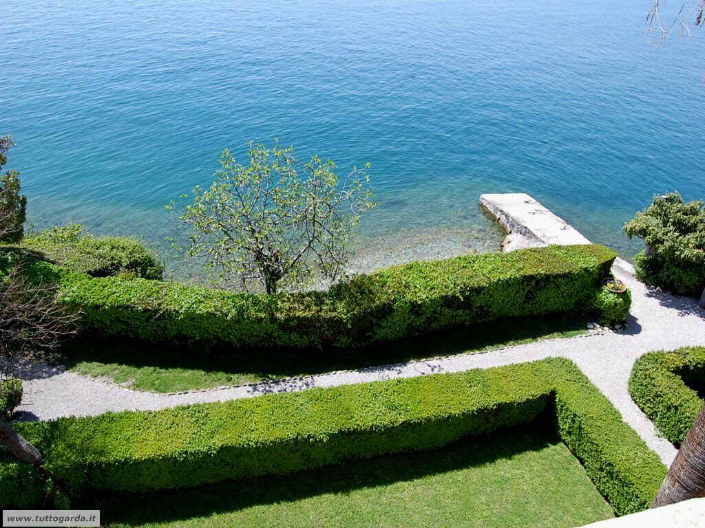 Isola del Garda foto del giardino -167.JPG