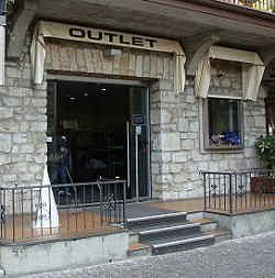 Outlet 74