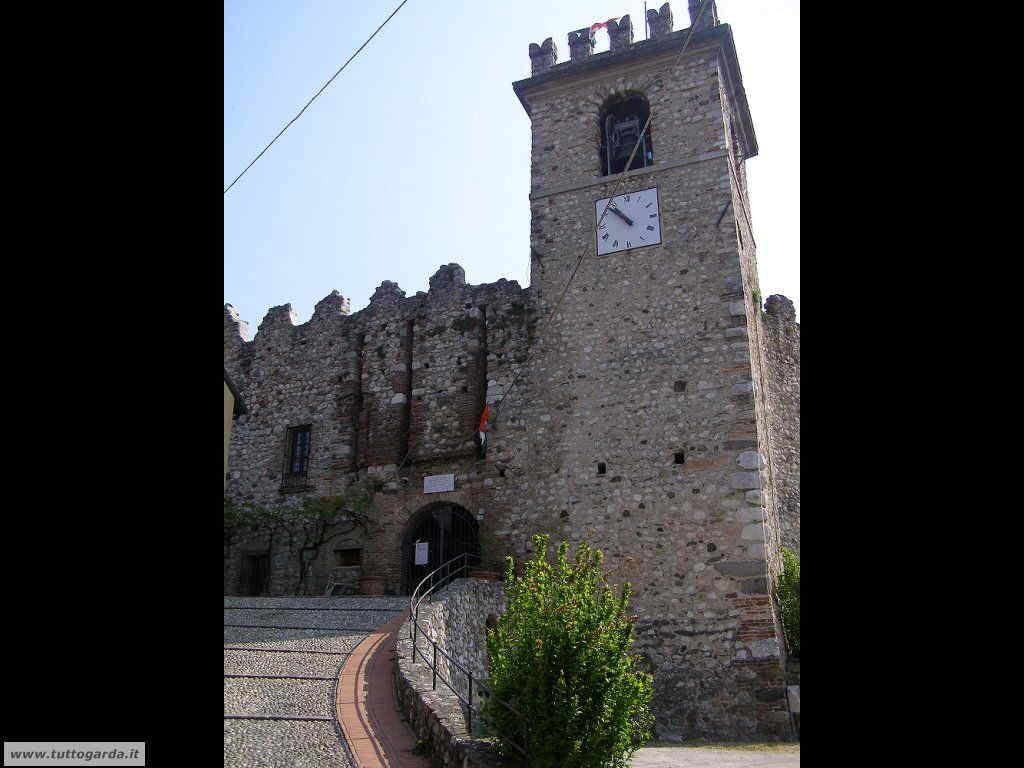 Soiano del Lago (BS) Foto del Castello 001
