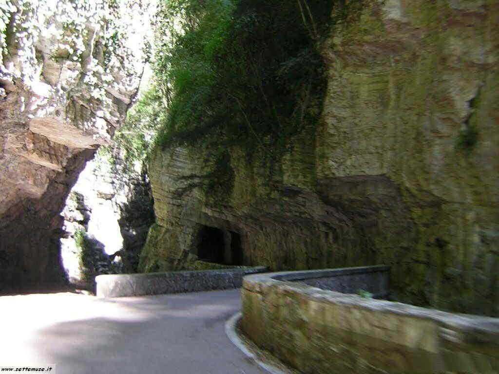 Tremosine - Strada della Forra sul Lago di Garda